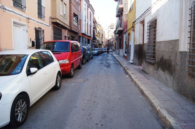 La Concejalía de Servicios e Infraestructuras procederá al asfaltado y pavimentación de varias calles del casco urbano que se encuentran más deterioradas, Foto 1