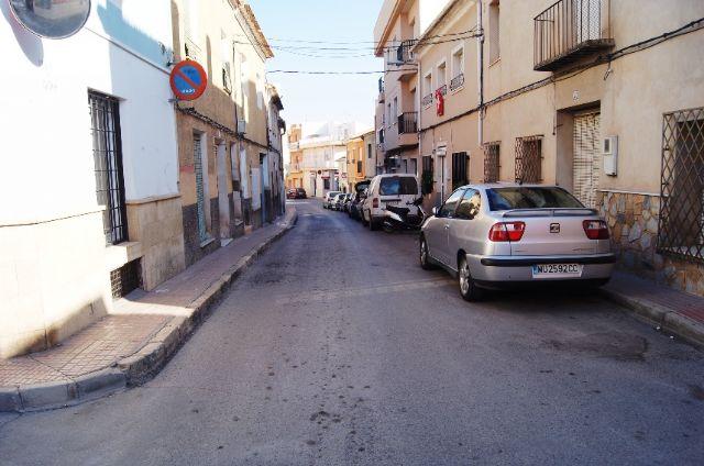 La Concejalía de Servicios e Infraestructuras procederá al asfaltado y pavimentación de varias calles del casco urbano que se encuentran más deterioradas, Foto 2