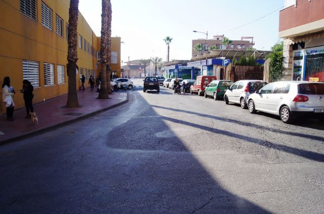La Concejalía de Servicios e Infraestructuras procederá al asfaltado y pavimentación de varias calles del casco urbano que se encuentran más deterioradas, Foto 5