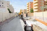 La instalación de dos colectores mejora la red de saneamiento de la ordenación Bahía