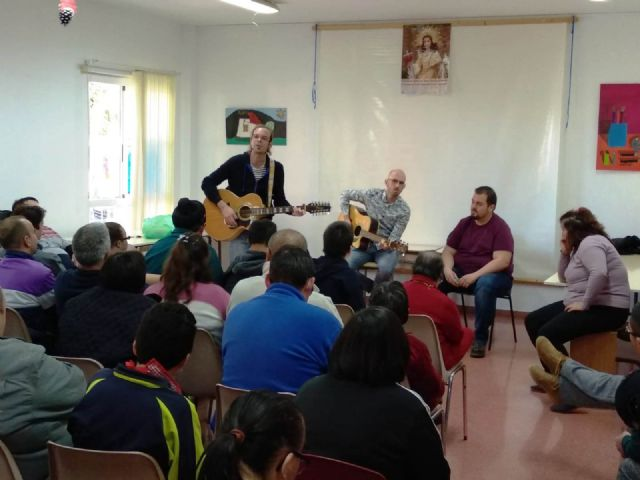 "Members of the musical group ""La Calle del Silencio"" visit the Day Centers for Disability of the City Council"