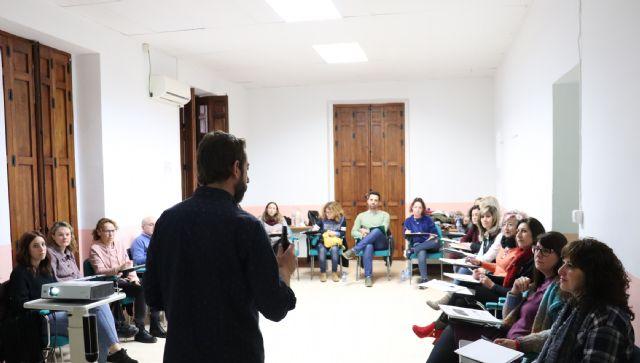 La novedosa metodología 'Música para despertar' aterrizó en Bullas el pasado sábado en una formación promovida por la Mesa Municipal de Mayores - 5, Foto 5