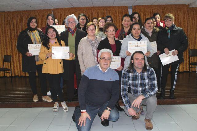 Un total de 26 personas participan en la II Escuela de Aprendizaje a Domicilio que promueve la Asociación Salus Infirmorum