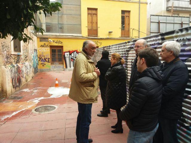 La oficina municipal del grafiti contin a trabajando en la for Oficina del consumidor murcia