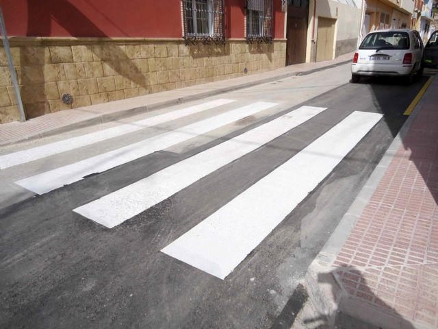 The Callejón del Guadalentín Street and the Extremadura road are opened to traffic after the renovation of the network and sewage connections, Foto 7
