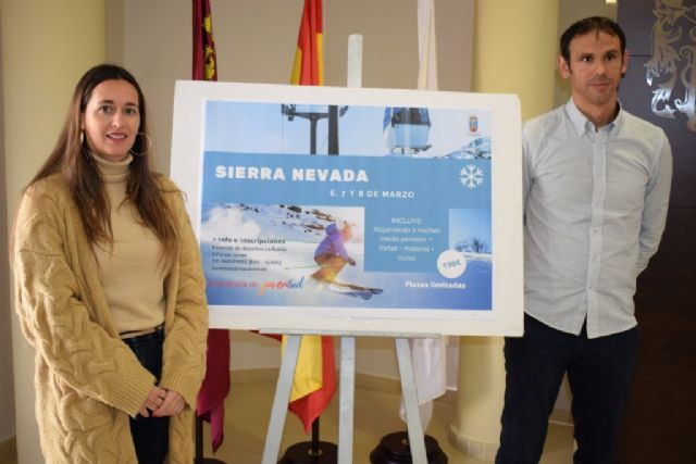 Juventud organiza un viaje para esquiar a a Sierra Nevada para los días 6, 7 y 8 de marzo - 1, Foto 1