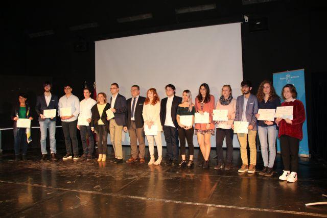 Dos alumnos de Alhama reciben el premio extraordinario de ESO y Bachillerato, Foto 2