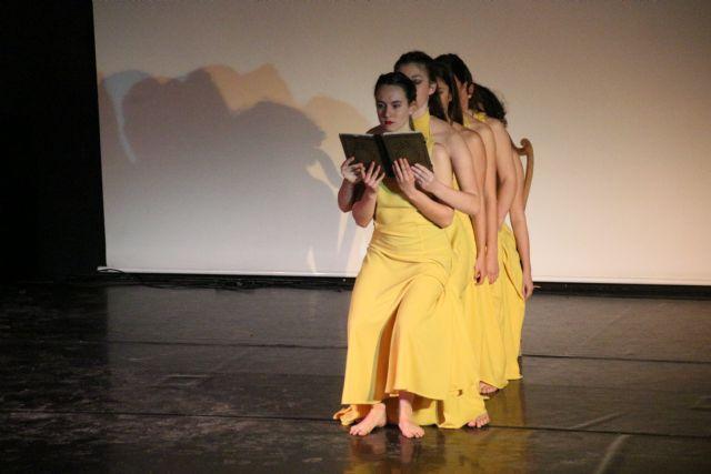 Dos alumnos de Alhama reciben el premio extraordinario de ESO y Bachillerato, Foto 3
