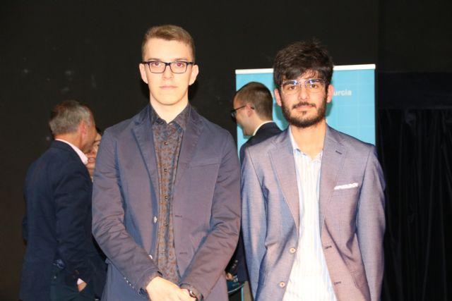 Dos alumnos de Alhama reciben el premio extraordinario de ESO y Bachillerato, Foto 6