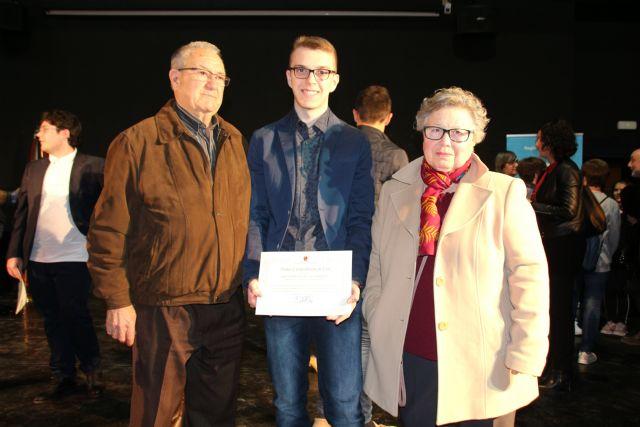 Dos alumnos de Alhama reciben el premio extraordinario de ESO y Bachillerato, Foto 8