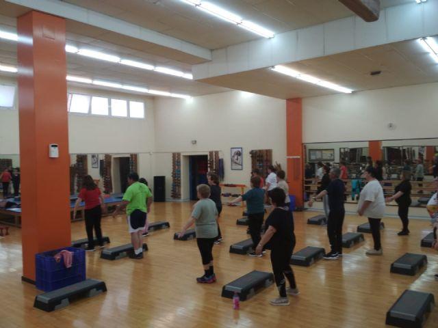 Un total de 80 pacientes se benefician ya del programa de ejercicio físico terapéutico