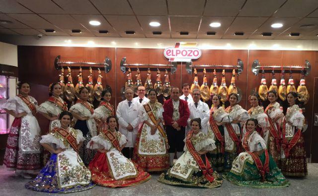 La Reina de la Huerta 2017 y su corte de damas visitan ElPozo Alimentación, Foto 1