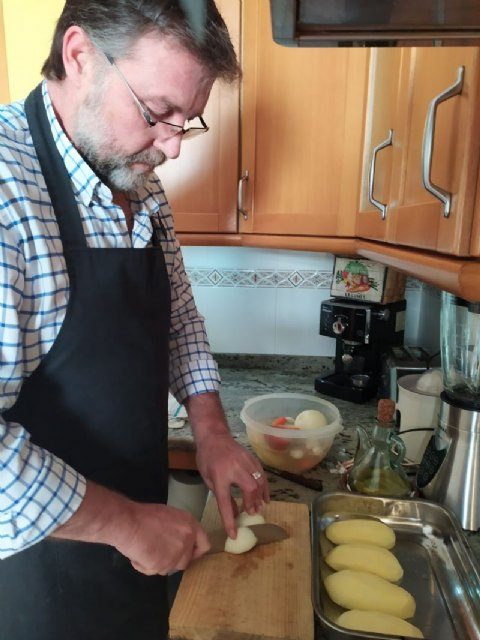 Saorín recomienda la cocina tradicional para superar el período de confinamiento - 1, Foto 1