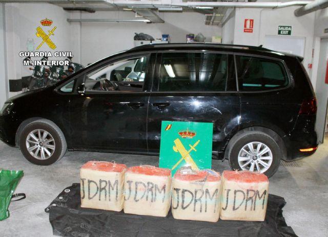 La Guardia Civil intercepta in itinere el transporte de 135 kilos de hachís - 2, Foto 2