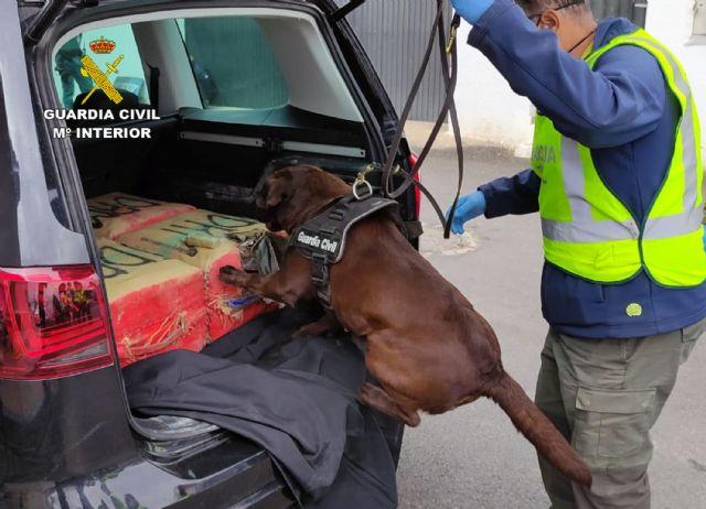 La Guardia Civil intercepta in itinere el transporte de 135 kilos de hachís - 4, Foto 4