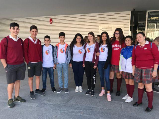 El alcalde recibe a los 22 alumnos y 9 profesores de Dinamarca, Suecia, Finlandia y Grecia de intercambio con el CEE Virgen del Pasico - 2, Foto 2