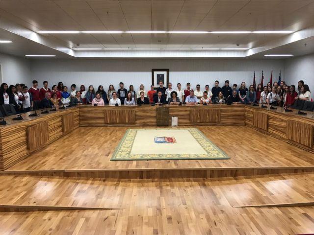 El alcalde recibe a los 22 alumnos y 9 profesores de Dinamarca, Suecia, Finlandia y Grecia de intercambio con el CEE Virgen del Pasico - 3, Foto 3