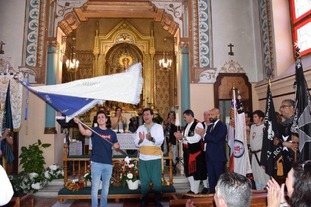 Los festeros de Moros y Cristianos de Archena volvieron a solicitarle la bandera a la Patrona la Virgen de la Salud, en el acto de la Arrancá - 1, Foto 1