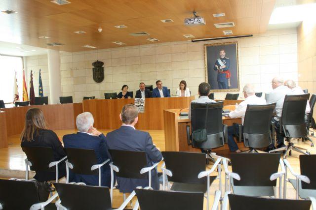 Totana acoge una reunión de alcaldes de la comarca del Guadalentín con los comités de empresa de Adif y Renfe para conocer sus reivindicaciones y necesidades ante la manifestación del 30 de mayo