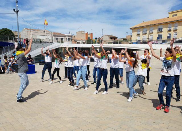 Cerca de 200 alumnos de Primaria participan en un encuentro de danzas - 1, Foto 1