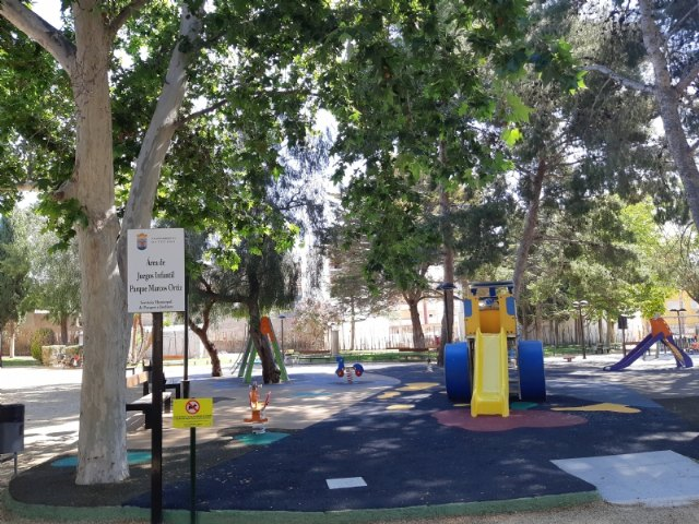 The childrens play area of ??the municipal park Marcos Ortiz is repaired, Foto 2