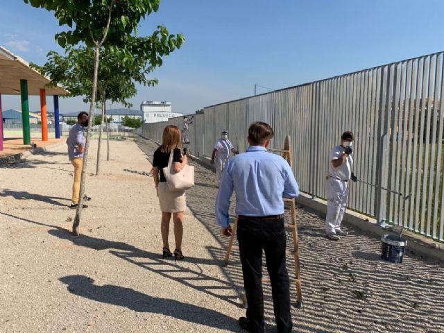 El colegio Nuestra Señora de Los Dolores de El Raal mejora la seguridad de sus instalaciones con la renovación del vallado exterior - 3, Foto 3