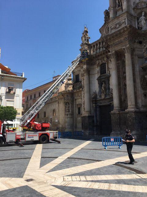 Nueva caída de cascotes de la Catedral de Murcia - 1, Foto 1