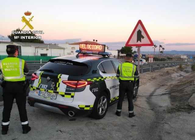 La Guardia Civil sorprende a un conductor a 190 km/h por la autovía del Noroeste - 1, Foto 1
