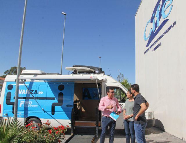El servicio Infomóvil que asesora a emprendedores llega a Puerto Lumbreras - 2, Foto 2