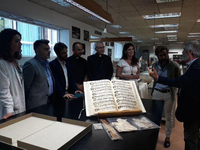 Recuperan un manuscrito del siglo XVIII con una treintena de obras musicales de polifonía sacra