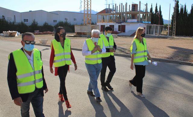 La consejera de Empleo de la Región de Murcia visita el Centro de Formación de la Fundación Laboral de la Construcción en Alhama - 1, Foto 1