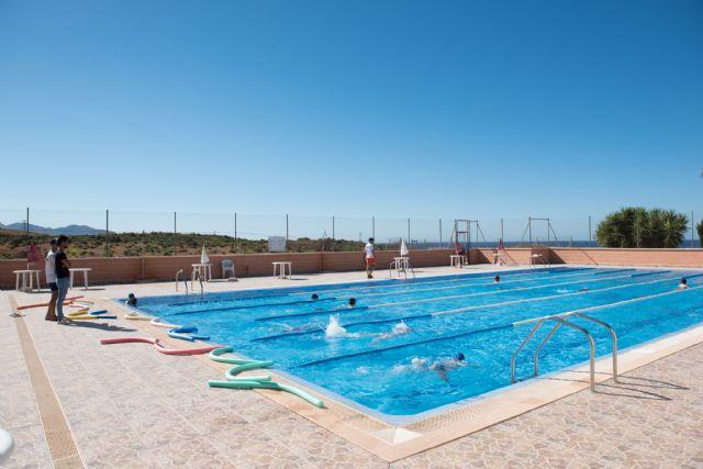 Más de 60 alumnos completan el primer turno de cursos de natación - 1, Foto 1