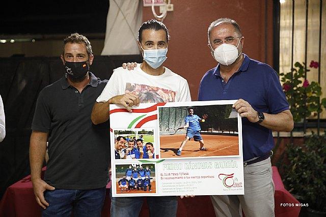 [Homenaje a Pedro Cánovas y cena clausura temporadas 2019-20 y 2020-21 de los torneos sociales de tenis y pádel del Club de Tenis Totana, Foto 1