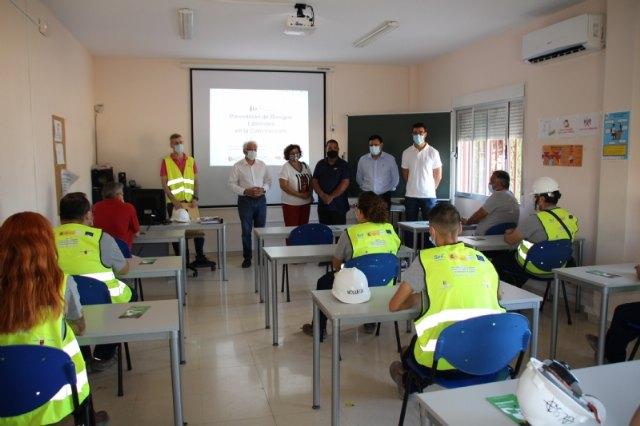 La Fundación Laboral de la Construcción recibe a los alumnos del Programa Mixto de ´Recuperación del patrimonio y paisaje cultural de Alhama´, Foto 2