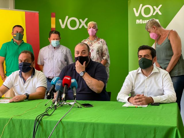 VOX defiende la gestión de sus pedáneos: Son el mejor ejemplo de cómo se va a gobernar en Murcia - 5, Foto 5