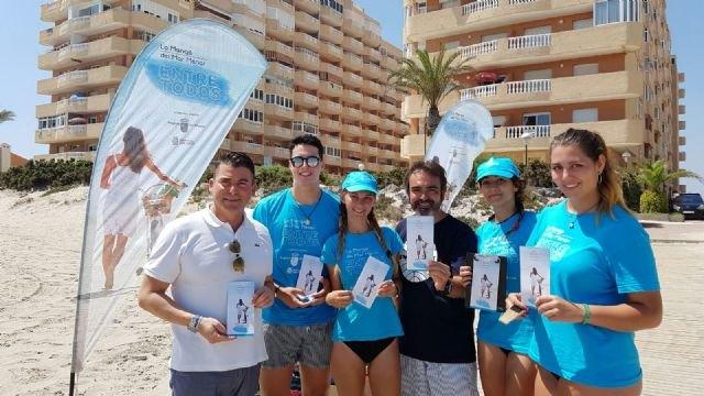 La consulta ciudadana sobre las propuestas para La Manga continúa su recorrido por las playas y zonas de mayor afluencia en el área de San Javier - 1, Foto 1