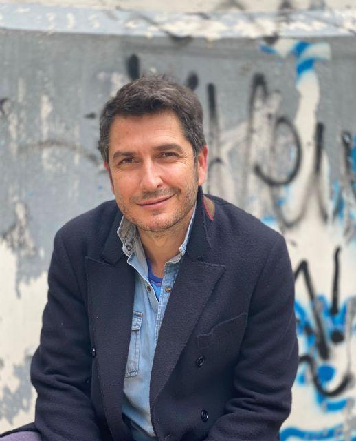 El periodista Carlos del Amor hablará sobre las historias que esconden grandes obras de la pintura en el ciclo de Mazarrón, Mares de papel - 1, Foto 1