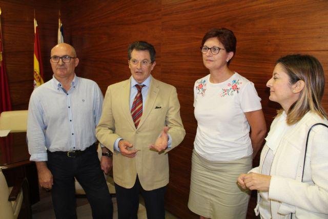 Reunión de trabajo en Jumilla entre la alcaldesa y el consejero de Agricultura - 1, Foto 1