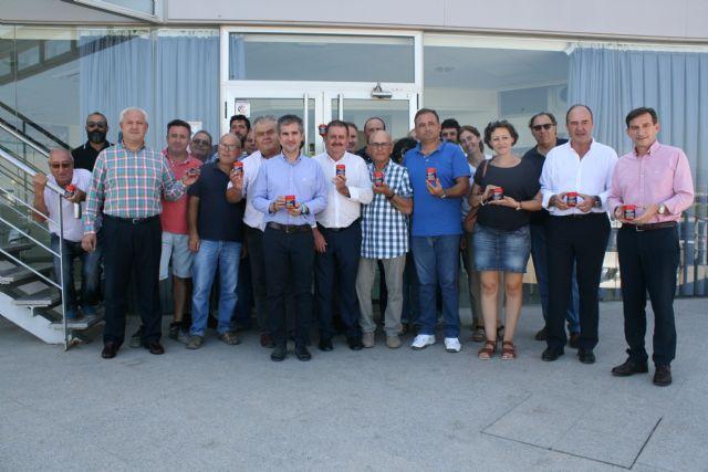 Autoridades regionales y locales visitan las explotaciones e instalaciones de procesado y comercialización de la Asociación de Productores de Pimiento para Pimentón