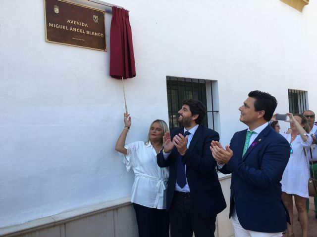 María del Mar Blanco reivindica la unidad social del espíritu de Ermua en la inauguración de una avenida dedicada a su hermano Miguel Ángel Blanco , en San Javier - 4, Foto 4