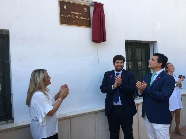 María del Mar Blanco reivindica la unidad social del espíritu de Ermua en la inauguración de una avenida dedicada a su hermano Miguel Ángel Blanco , en San Javier - 5, Foto 5