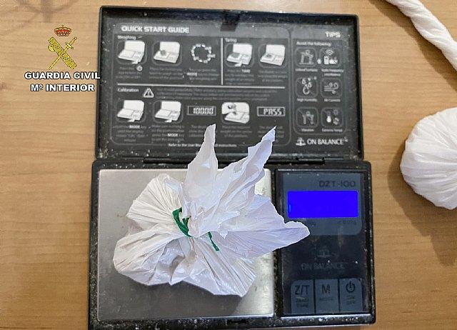 La Guardia Civil desmantela un activo grupo criminal que distribuía las 24 horas del día distintos tipos de estupefacientes en dos ´garitos´ - 2, Foto 2