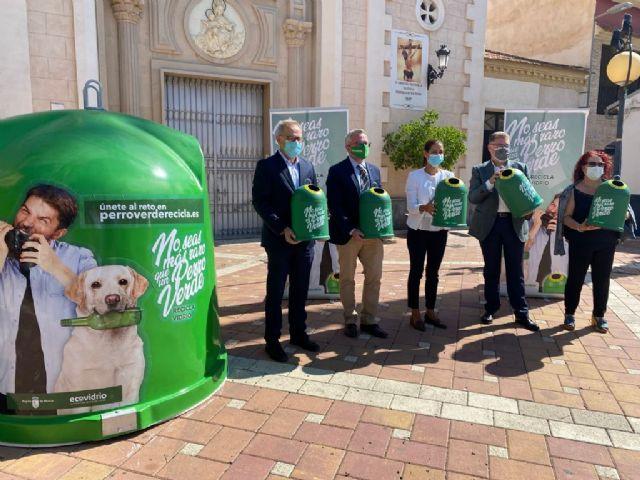 Murcia participa en una campaña en la que el municipio que más vidrio recicle ganará un hogar sostenible de mascotas hecho con contenedores en desuso - 2, Foto 2