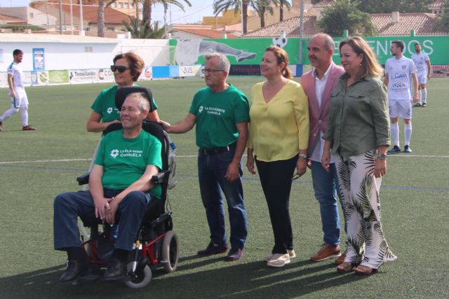 El club Atlético Pinatarense celebra un partido solidario a beneficio de la Asociación ELA Región de Murcia - 1, Foto 1