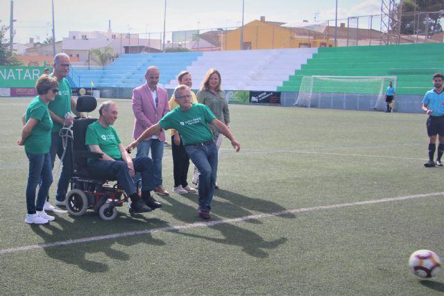 El club Atlético Pinatarense celebra un partido solidario a beneficio de la Asociación ELA Región de Murcia - 2, Foto 2