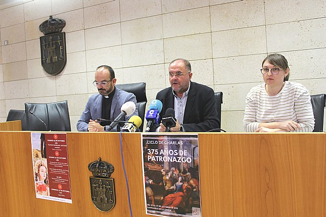 La Fundaci�n La Santa organiza un ciclo de ponencias para conmemorar el 375 aniversario del Patronazgo de Santa Eulalia en Totana, Foto 2