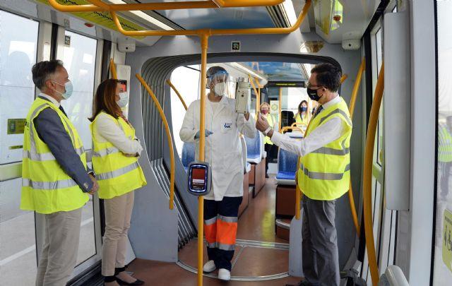 Los controles periódicos para la detección de trazas de Covid-19 confirman la seguridad del tranvía - 1, Foto 1