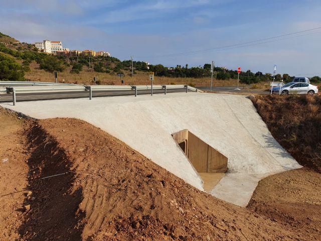 Finalizada la obra de paso de agua de la carretera de Pliego a Casas Nuevas - 2, Foto 2