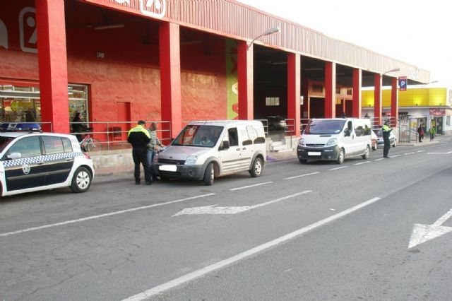 The Local Police of Totana will carry out special controls of vans between November 26 and 29, Foto 1