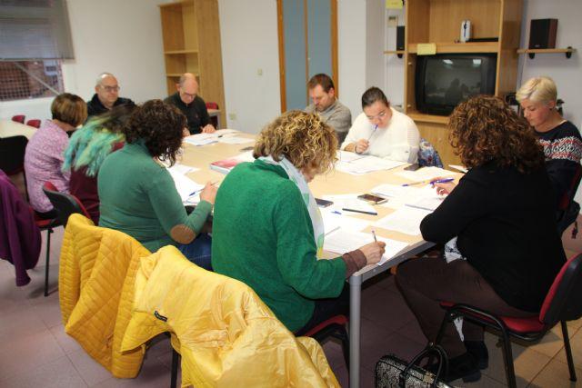 El Ayuntamiento aporta 10.000 euros para proyectos en los centros educativos de Alhama, Foto 1